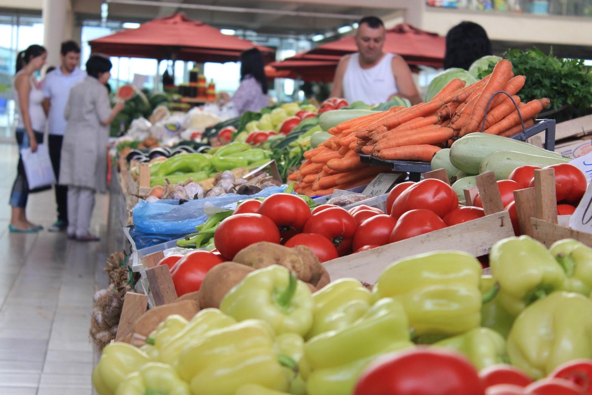 Главный рынок Котора