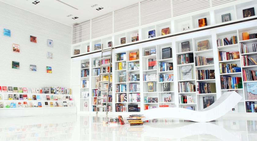 Library 5*