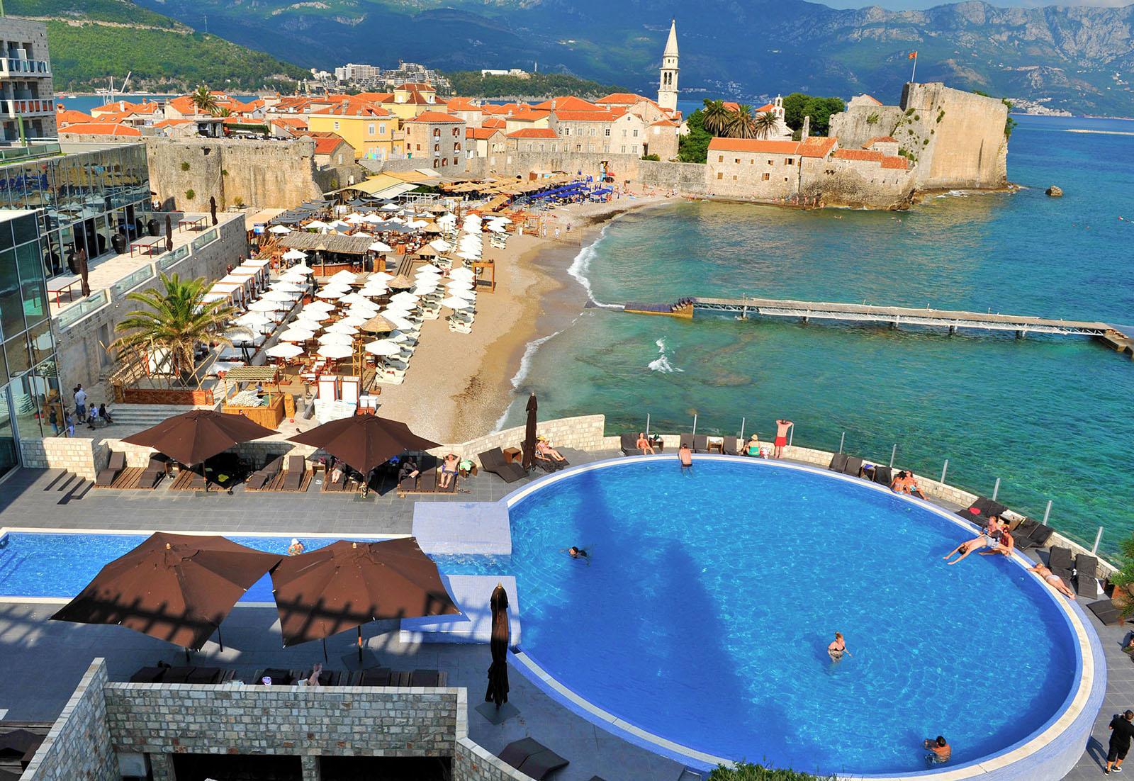 Avala Resort & Villas 4*