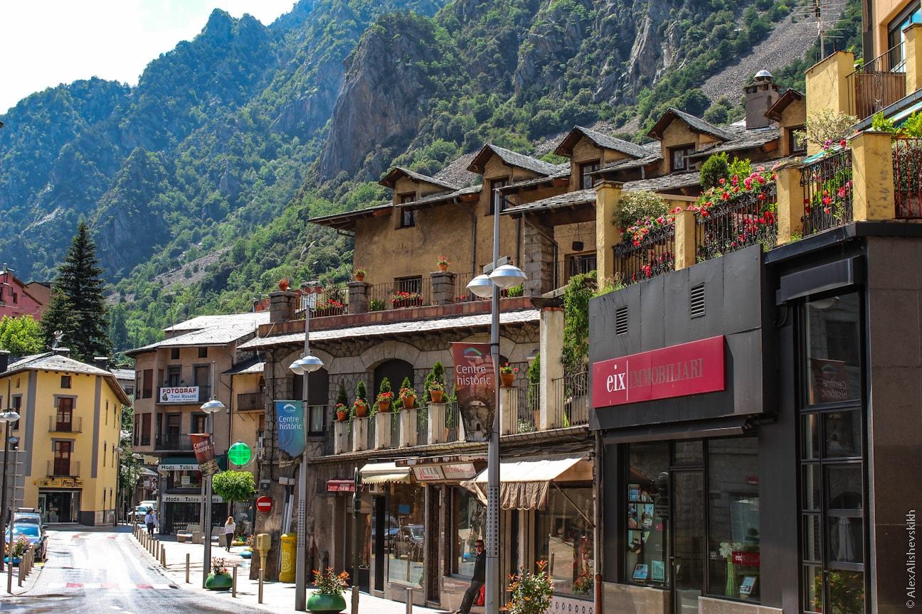 Топ-8 отелей в Андорре